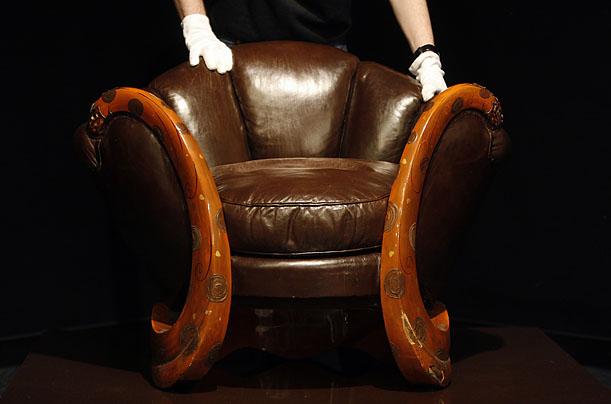 EILEEN GRAY (1878-1976) Smoczy fotel, ok. 1917-1919 Christie's Paris - 21,9 mln. EUR Źródło: www.content.time.com