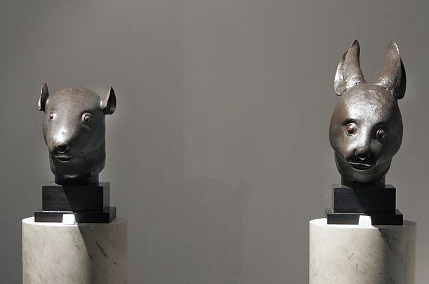 Rzeźby z Pałacu letniego w Pekinie Christie's Paris - 31,4 mln. EUR (niesprzedane) Źródło: www.content.time.com