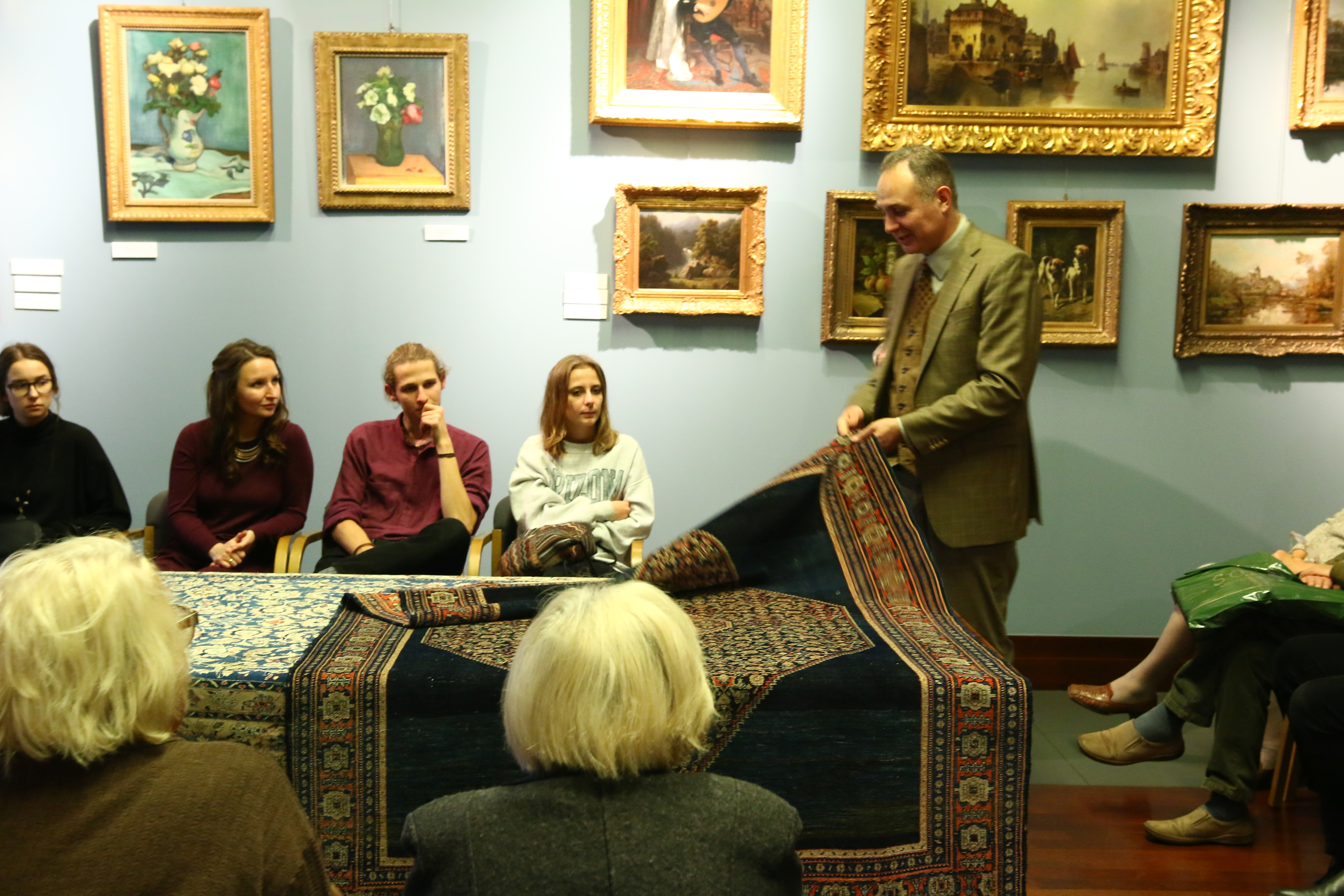 Kolekcjoner w akcji, czyli Mikołaj Pietraszak-Dmowski opowiada o budowie dywanów